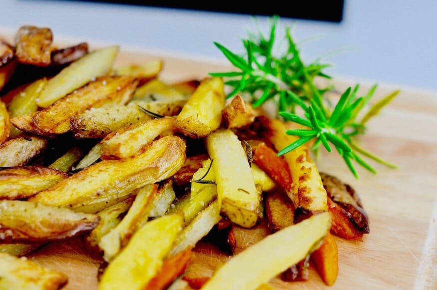 Knusprige Ofenkartoffeln mit Rosmarin