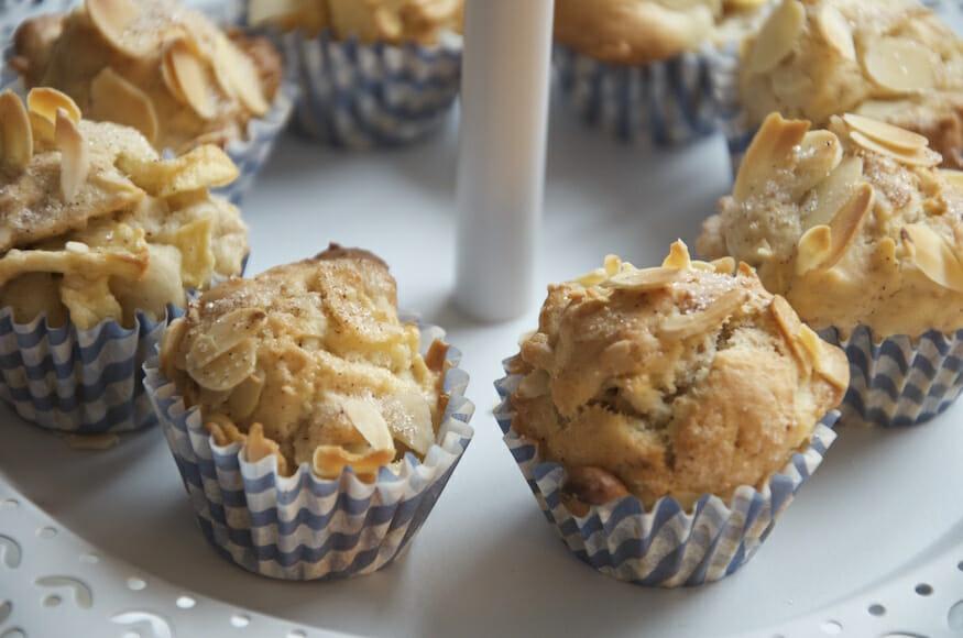 apfel muffins super saftig und lecker selber backen. Black Bedroom Furniture Sets. Home Design Ideas