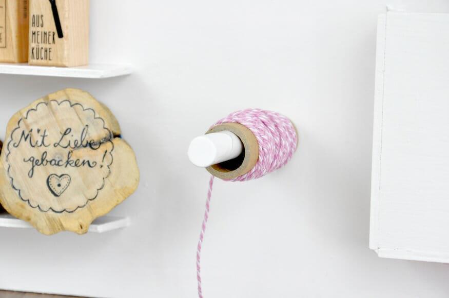 Praktisches Wandutensilo - als Organizer für Ordnung auf dem Schreibtisch