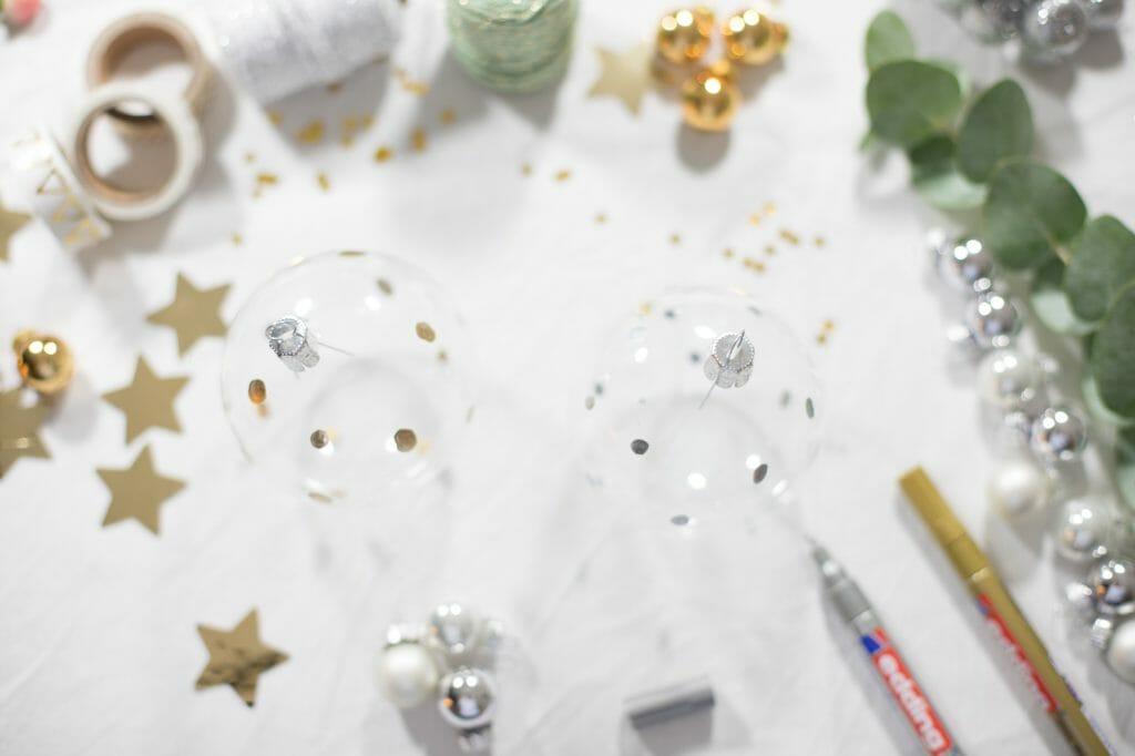 weihnachtskugeln bemalen silber gold bei 12giftsoflove. Black Bedroom Furniture Sets. Home Design Ideas