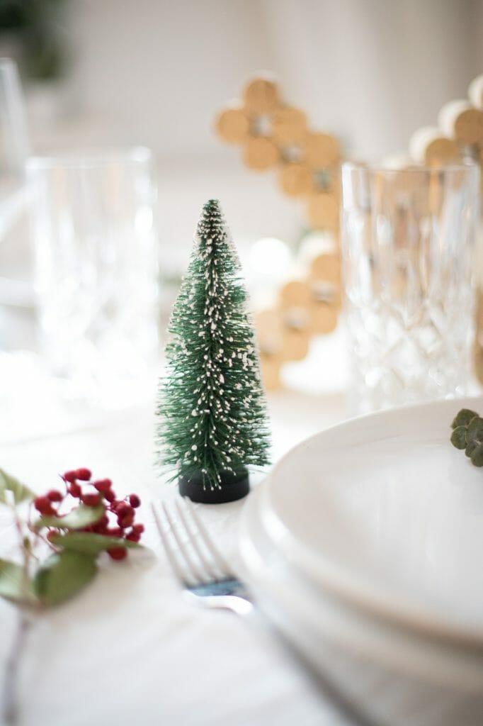Xmas tischdekoration mit korken eine tolle einfache for Weihnachtstischdekoration 2017