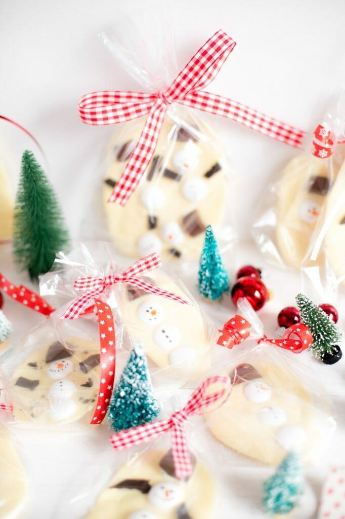 schneemann-schokolade-einfaches-weihnchtsgeschenk-10