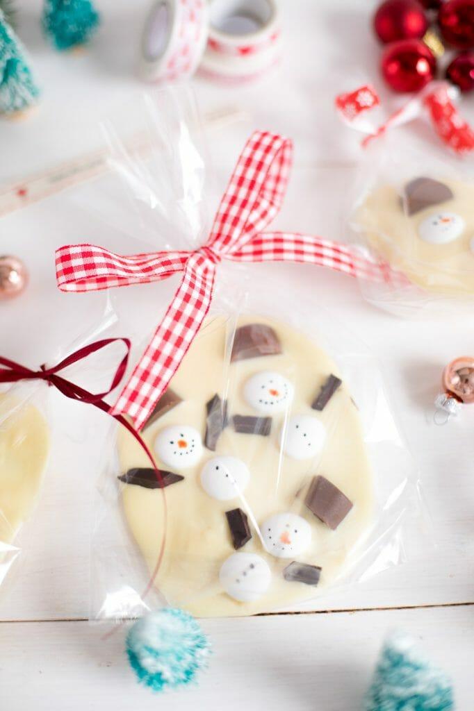 schneemann-schokolade-einfaches-weihnchtsgeschenk-7
