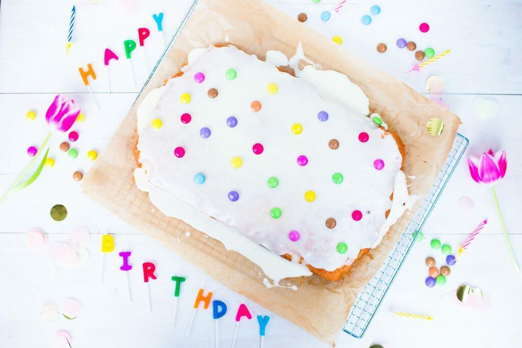Fantakuchen als super saftiger und frischer Geburtstagskuchen