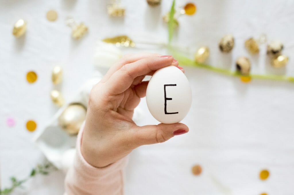 eier bemalen als osterdekoration