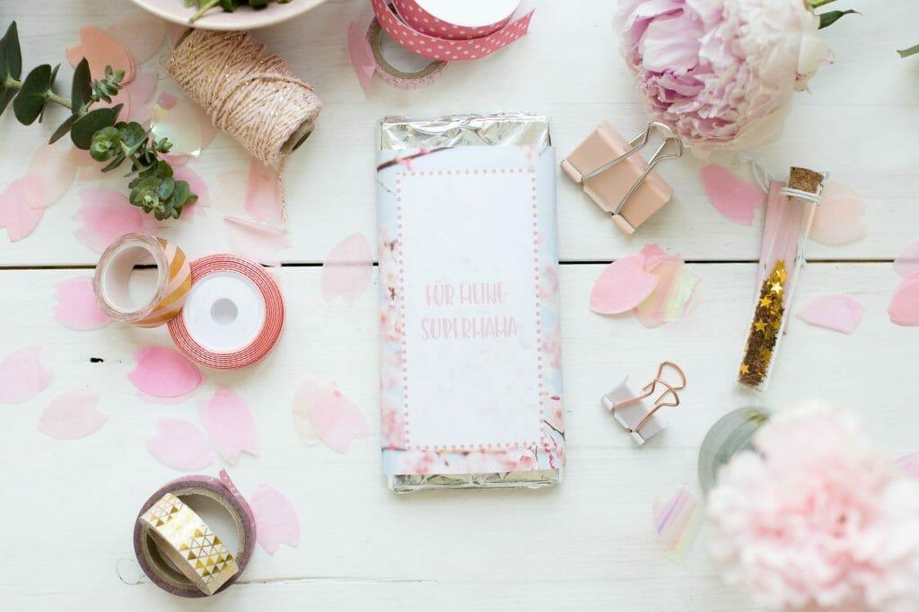 schokoladen-geschenk-verpackung-als-muttertagsgeschenk
