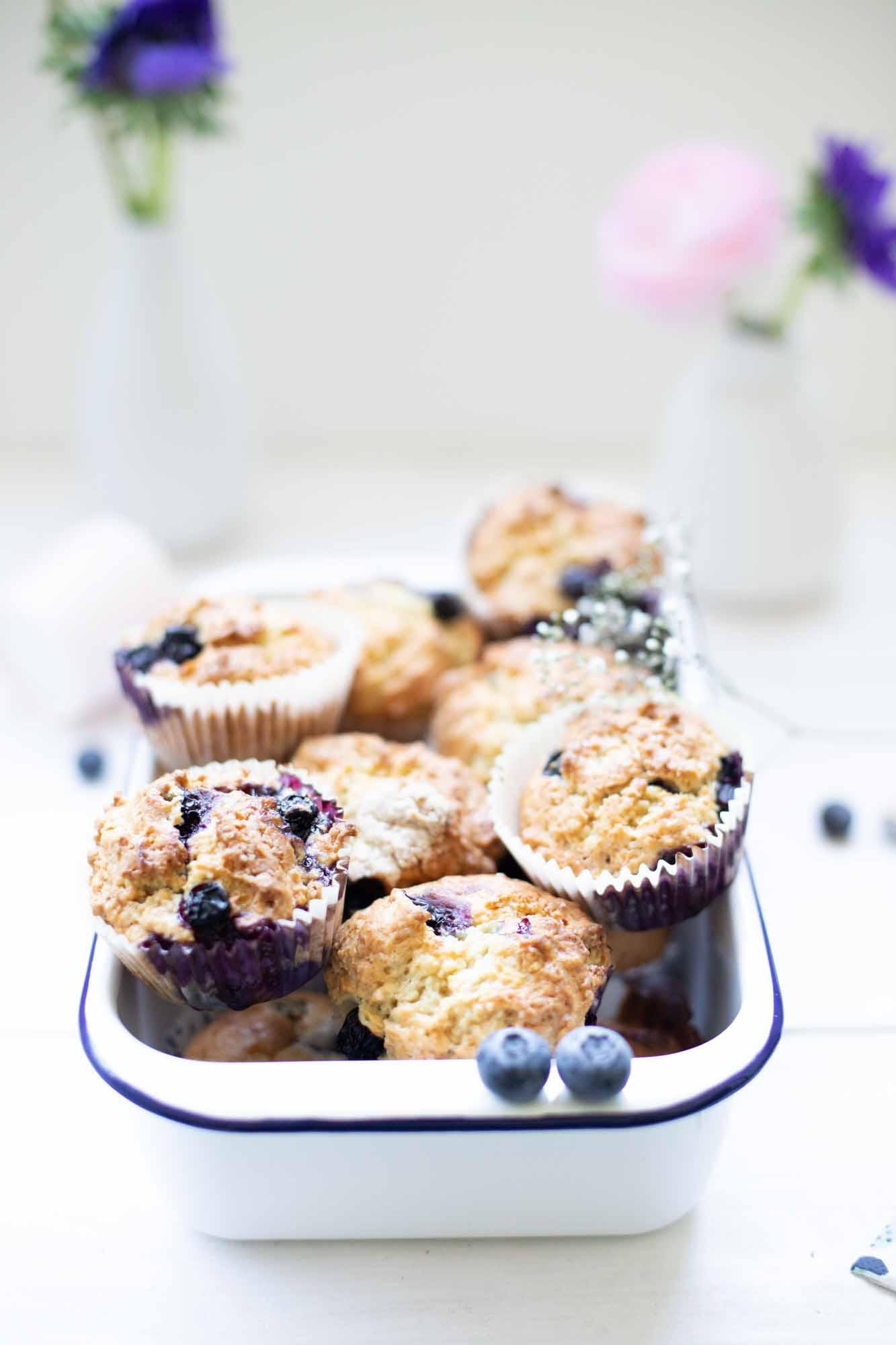 blaubeermuffins mit raps l fluffig und saftige muffins selber backen. Black Bedroom Furniture Sets. Home Design Ideas