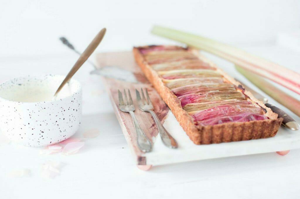rhabarber-tarte-in-tarte-form-22