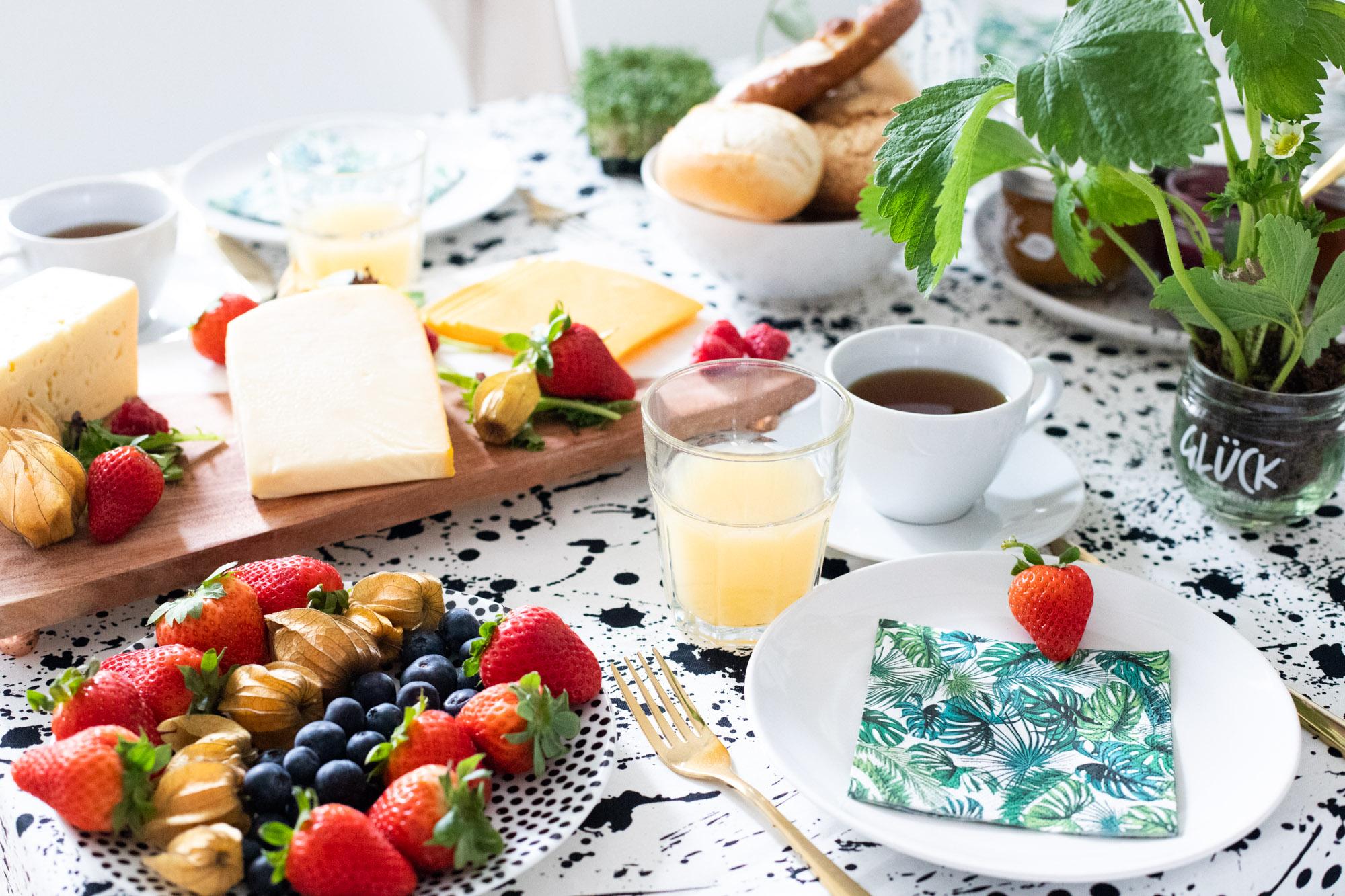 erdbeer-glas-bepflanzen-pflück-dein-glück-marmelade-1