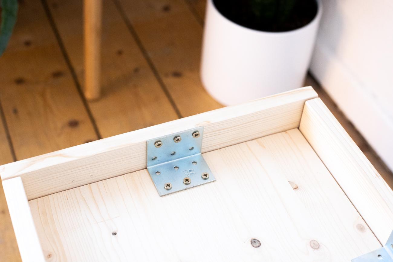 diy_plantbox_interior_pflanzen-box-schritt_5