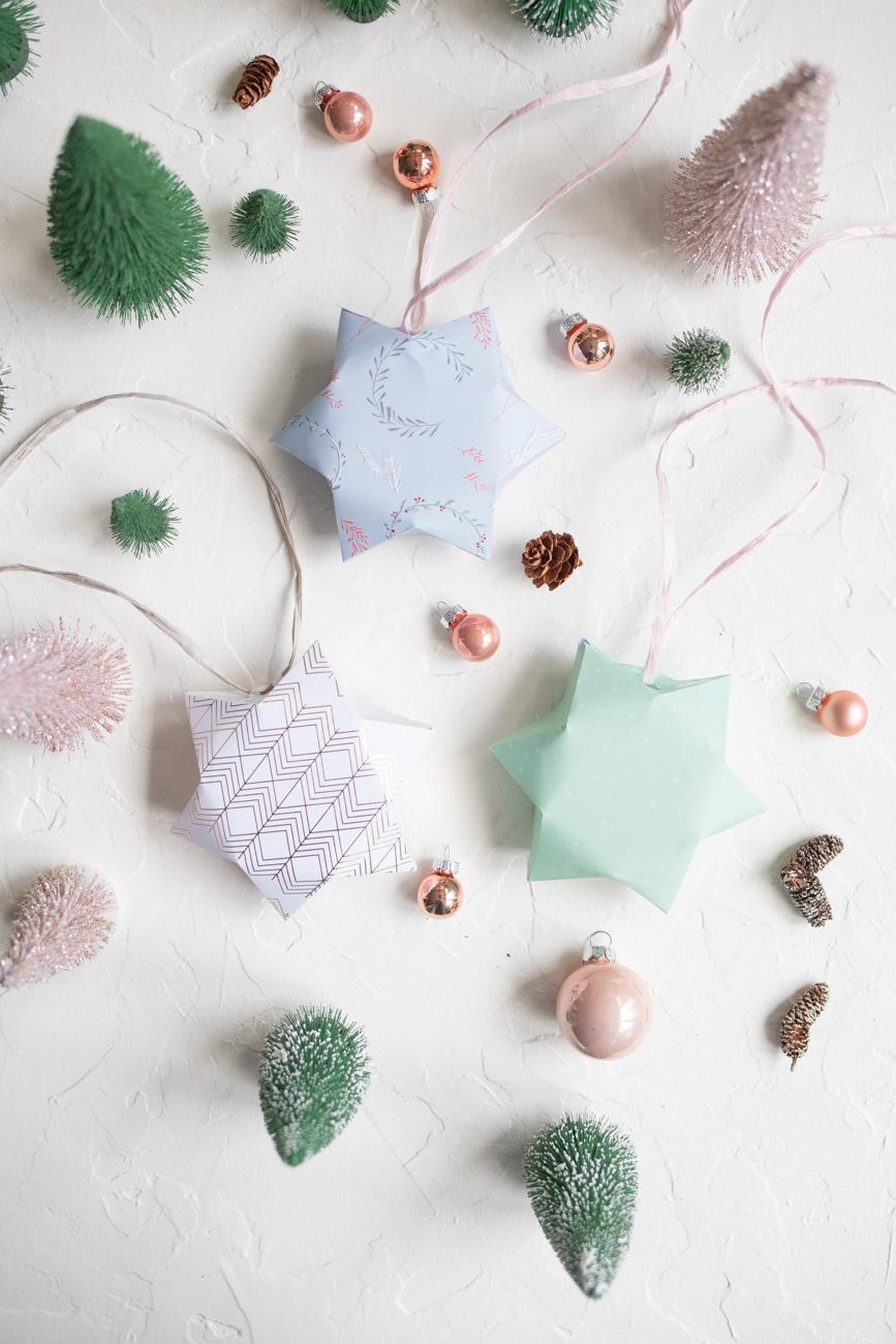 Papiersterne als Geschenkschachtel